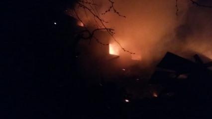 Karaman'da çıkan yangında 5 ev kül oldu