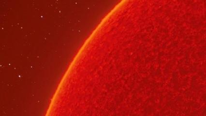 ABD'li fotoğrafçı Güneş'in 230 megapiksel fotoğrafını oluşturdu
