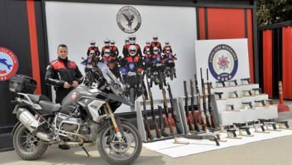 Adana'da ruhsatsız 29 silah ele geçirildi
