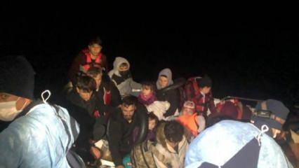 Ayvacık açıklarında, fiber teknedeki 18 kaçak göçmen kurtarıldı