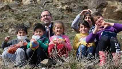 Bakan Kasapoğlu'ndan 23 Nisan mesajı