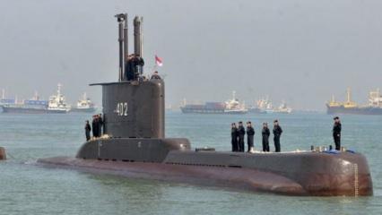 Endonezya'da kayıp denizaltıya 850 metrede ulaşıldı