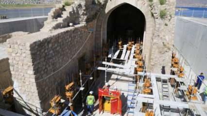 Hasankeyf'teki Küçük Saray'ın baraj suyundan etkilenmemesi için harekete geçildi