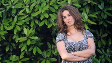 Ünlü şarkıcı Niran Ünsal koronavirüse yakalandı!