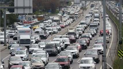 İstanbul'da trafik yoğunluğu yüzde 71'lere çıktı!