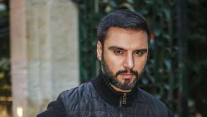 Ünlü türkücü Alişan'dan Mescid-i Aksa paylaşımı: Polisler, namaz kılan cemaate...