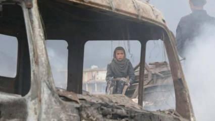 Afganistan'da bayram kana bulandı: Cuma çıkışı bombalı saldırı