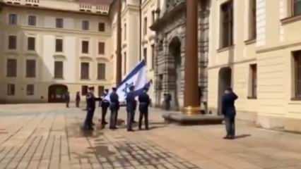 Avusturya'dan sonra Çekya'dan İsrail bayraklı destek
