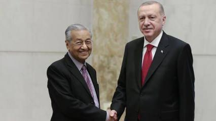 Cumhurbaşkanı Erdoğan Malezya'nın eski Başbakanı ile görüştü