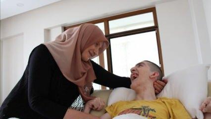 Konya'da bir anne hayatını serebral palsi hastası oğluna adadı