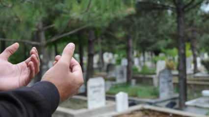 Bayramda kabir ziyareti serbest mi? Mezarlık ziyaretinin hükmü ve okunacak dualar..