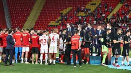 Antalyasporlu futbolculardan Beşiktaş'a alkış