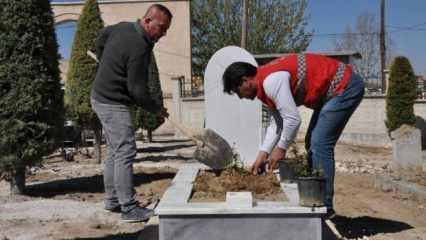 Hayırsever mermerciler kimsesizlerin mezar taşlarını yapıyor