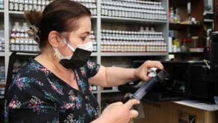 Eskişehir'de oğluna destek için başladı, 10 yıldır yazıcı tamir ediyor