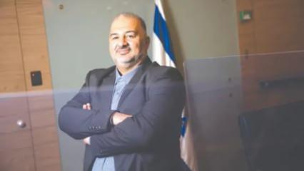 Netanyahu'ya şah-mat çeken Filistinli lider: Mansur Abbas