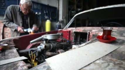 86'lık 'Suat Dede' Anadol otomobilleri hayata döndürüyor!