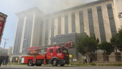 Çanakkale Emniyet Müdürlüğü binasında yangın