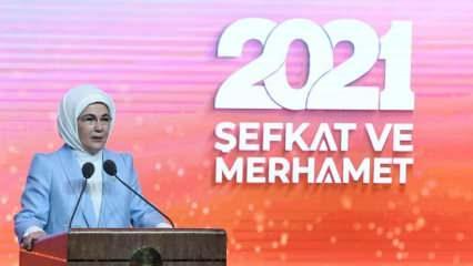 Emine Erdoğan: Merhamet, bir yanıyla da insanın kendini bulma yolculuğudur
