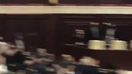 Başkan Erdoğan Azerbaycan meclisine girdi, salon ayağa kalktı!