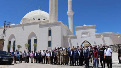 Mardin'de Selçuklu ve Osmanlı mimarisiyle inşa edilen cami törenle ibadete açıldı