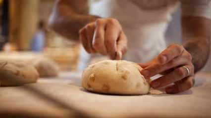 Rüyada ekmek yapmak ne demek? Rüyada bayat ekmek yemek neye işaret eder?