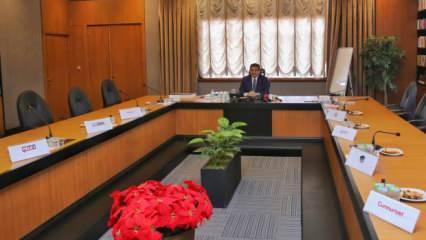 Başkan masada tek kaldı! Muhalif gazeteciler Tevfik Göksu'yla yüzleşemedi