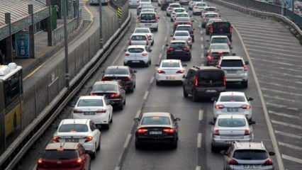 """Trafikte yeni dönem: Araçlara """"karakutu"""" zorunluluğu geliyor"""