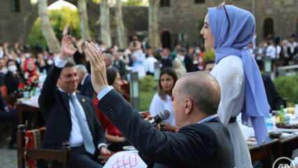 Başkan Erdoğan Diyarbakır'da gençlerle buluştu! Dikkat çeken anlar...