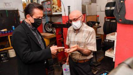 Tuzla Belediye Başkanı Şadi Yazıcı 'Geri dönüşüm amca'yı ziyaret etti