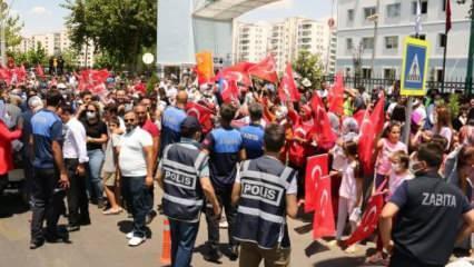 Cumhurbaşkanı Erdoğan'a Diyarbakır'da coşkulu karşılama