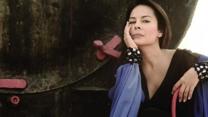 Şarkıcı Demet Sağıroğlu'na tepki yağdı! Skandal çıkış!