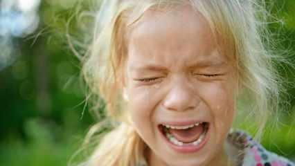 Rüyada ağlamak iyiye mi kötüye mi işaret? Rüyada sevinçten ağlamak ne demek?