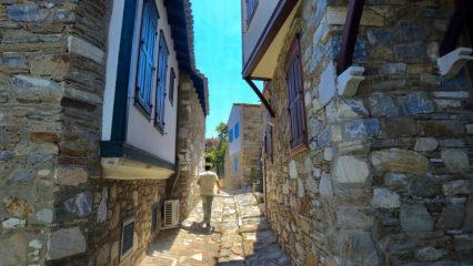 Aydın'ın tarihi mahallesi taş evleriyle dikkat çekiyor