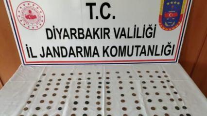 Diyarbakır'da 143 adet sikke ele geçirildi