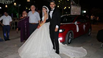 Amasya'da bir düğünde gelinin dedesinin 300 bin liralık hediyesi herkesi şok etti!