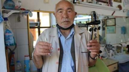 Eskişehir'de 53 yıllık berber gençlere taş çıkarıyor!