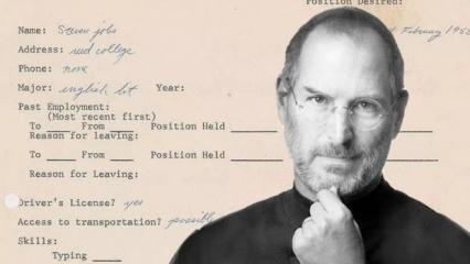 Steve Jobs'un iş başvurusu NFT olarak satışa çıktı