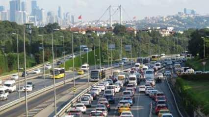 Bayram sonrası ilk mesai gününde trafik yoğunluğu!