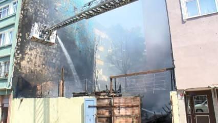 Son dakika haberi: Zeyrek'te bir binada yangın!