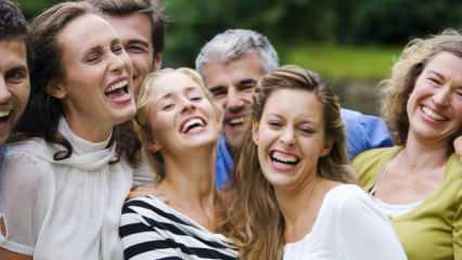 Rüyada kahkaha atarak güldüğünü görmek ne anlama gelir? Rüyada gülmek hayırlı mıdır?
