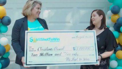 Aşı oldu, başına talih kuşu kondu! ABD'li kadın aşı sayesinde 2 milyon dolar kazandı