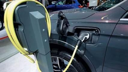 Otomobil sektöründe yeni dönem can sıkacak! 'Artık daha pahalı olacak'