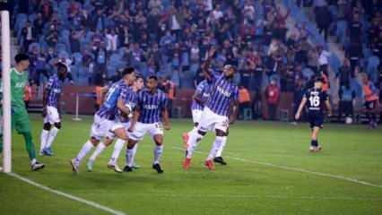 10 kişilik Fenerbahçe direnemedi! Zirvenin yeni sahibi Trabzonspor