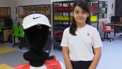 9 yaşındaki Ela, ALS hastaları için yaşam destek aparatı tasarladı