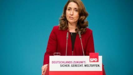 Almanya'da Aydan Özoğuz, Alman Federal Meclisi Başkanvekili seçildi