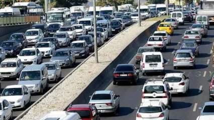 Trafiğe 9 ayda 913 bin 169 aracın kaydı yapıldı