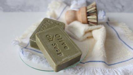 Zeytinyağlı sabunun faydaları nelerdir? Saç ve cilt bakımında zeytinyağlı sabunun kullanımı...